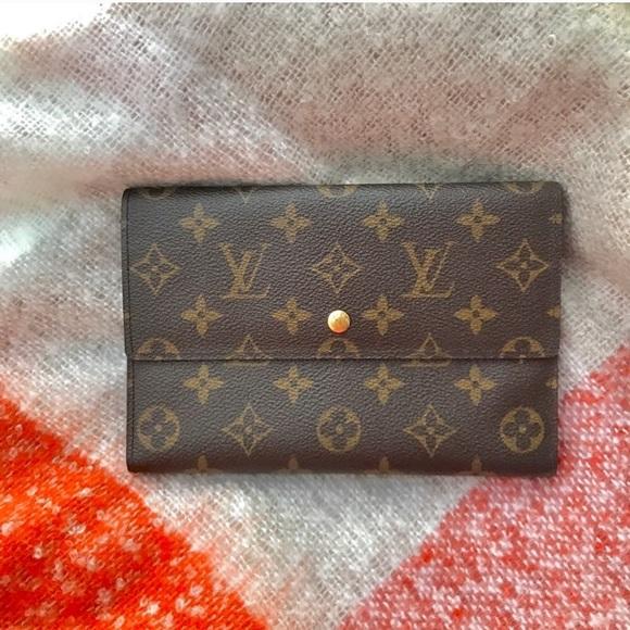 Louis Vuitton Handbags - Louis Vuitton monogram passport wallet